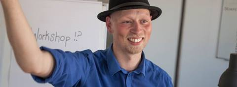 Hakon Ask Jensen gjorde god figur som workshopfacilitator til Coding Pirates udviklingsdag #2