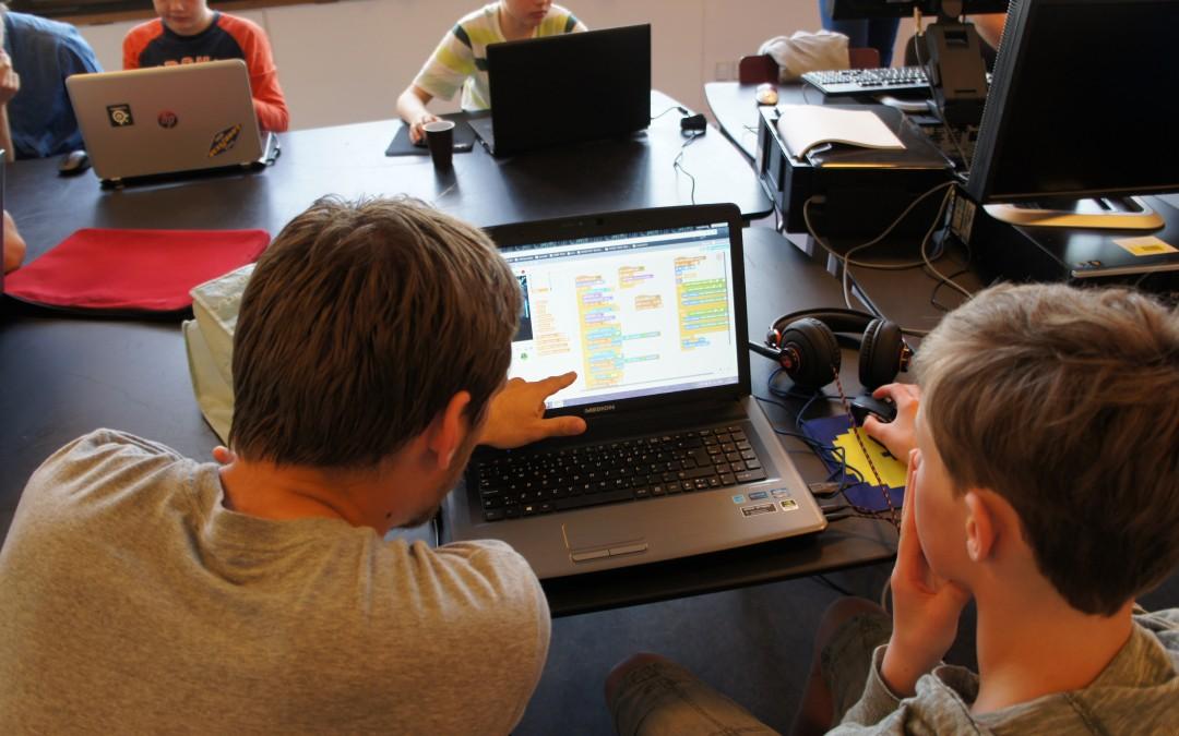Coding Pirates søger frivillige til Skanderborg