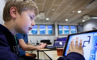 Coding Pirates lægger til kaj på Aalborg Universitet