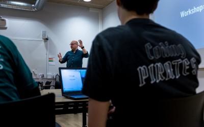 Coding Pirates søger redaktionel studentermedhjælp til Aarhus