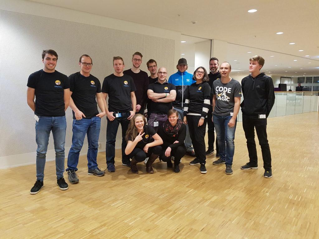De Frivillige I Coding Pirates Lyngby - Microsoft afdelingen