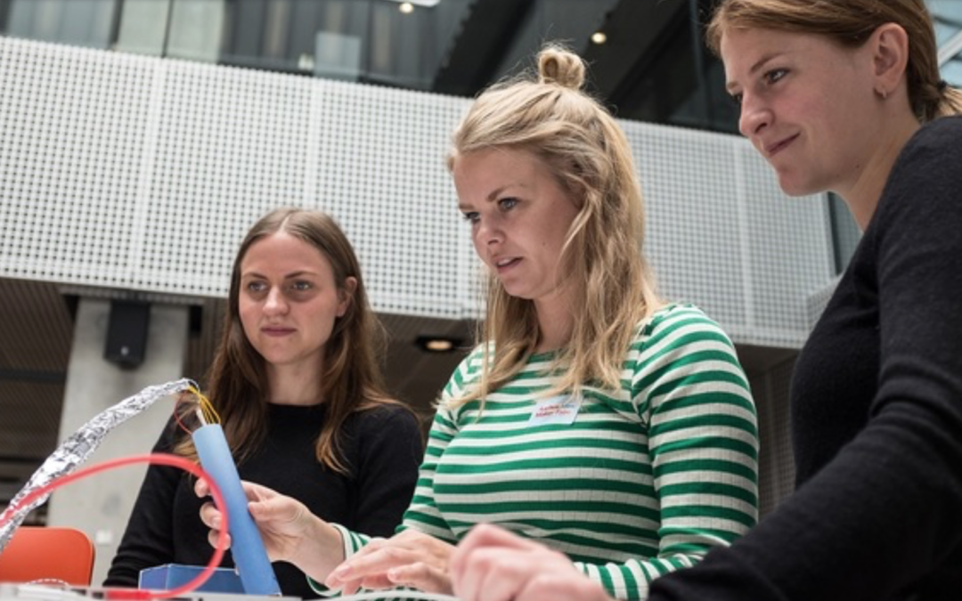 #MakeWhatsNext – Girlz in Tech under Internet Week Denmark