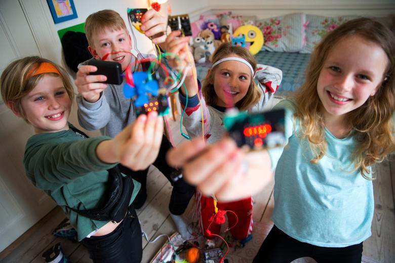Nyt DR initiativ skal gøre børn til kreative skabere af IT